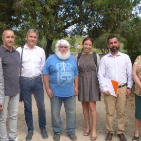 La diputada de Ciutadans en el Parlament, Marina Bravo y los concejales de Cs en Rubí visitan las asociaciones de vecinos de Sant Muç